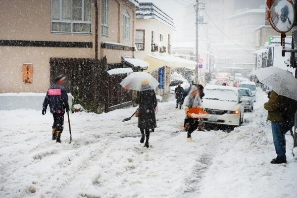 雪渋滞.jpg